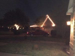 neighbor-christmas-lights